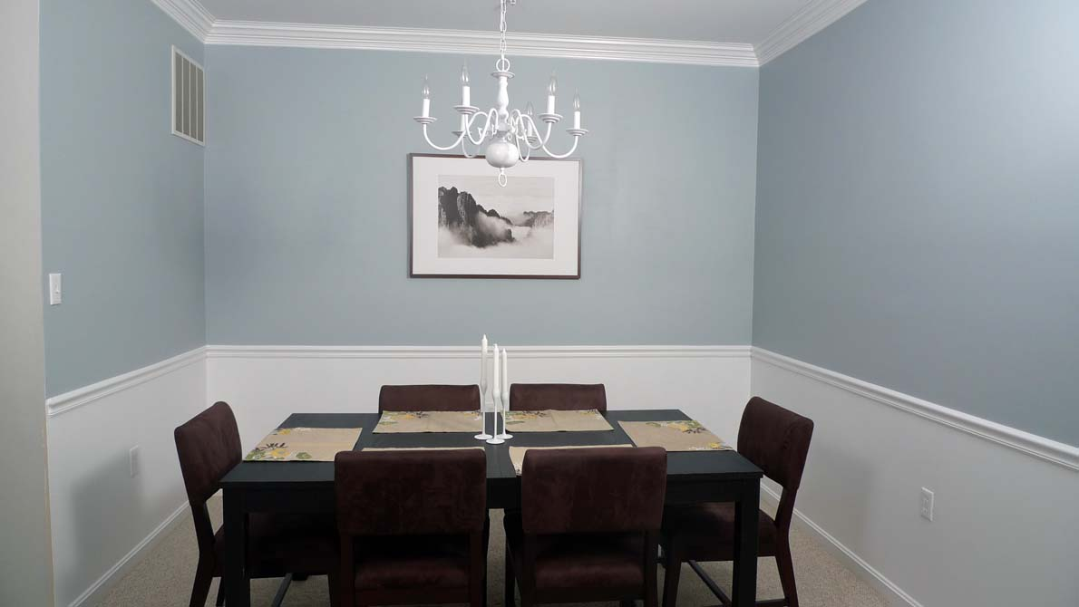 Fine dining along the way for Dining room wall colors